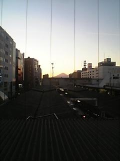 藤沢駅の富士山